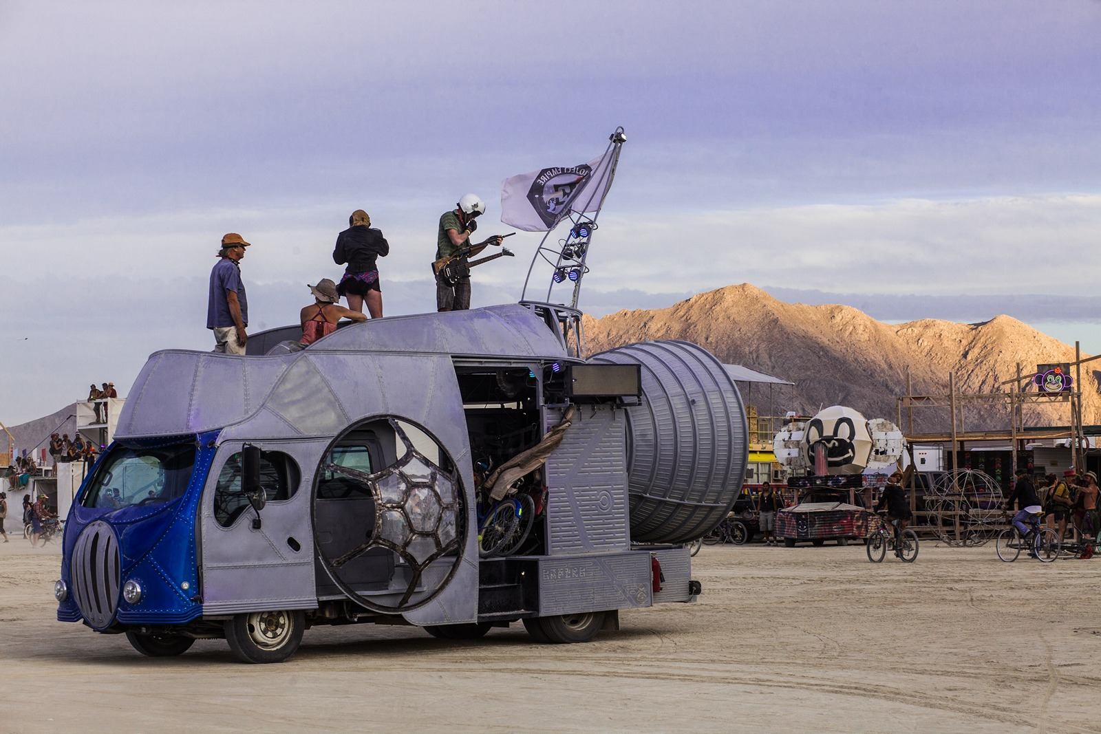 Burning Man - Art car on the playa