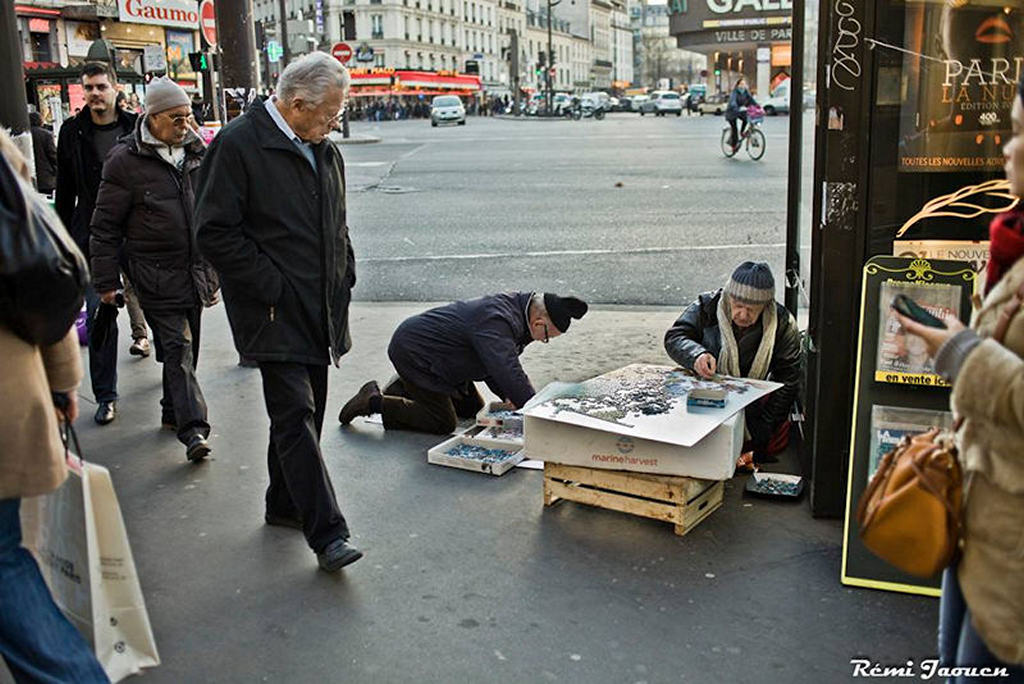 Photographe Paris - People of Paris - Montparnasse - Puzzle de rue
