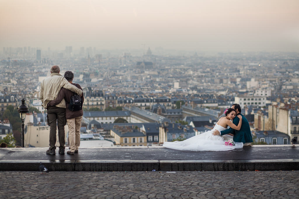 Photographe Paris - People of Paris - Les amoureux de Montmartre