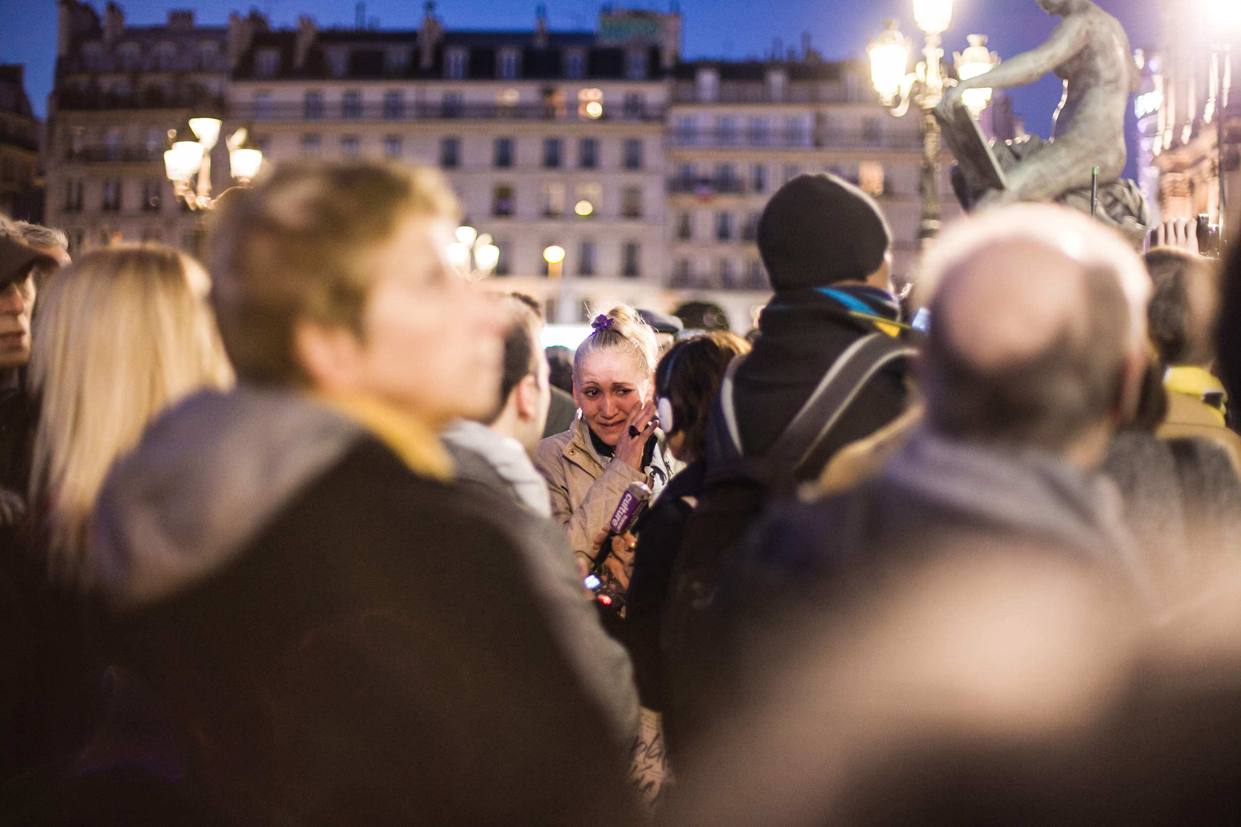 Paris, hôtel de ville, Minute de silence en hommage aux victimes des attentats de Bruxelles