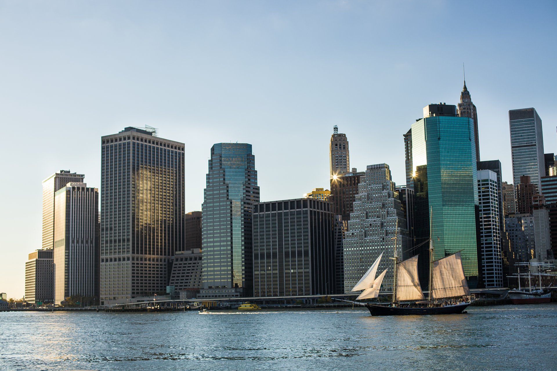 Photographer Paris - Serie Travel - New York - View of Financial district from Williamsburg
