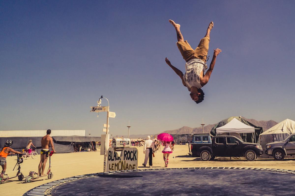 Burning Man - Trampolin