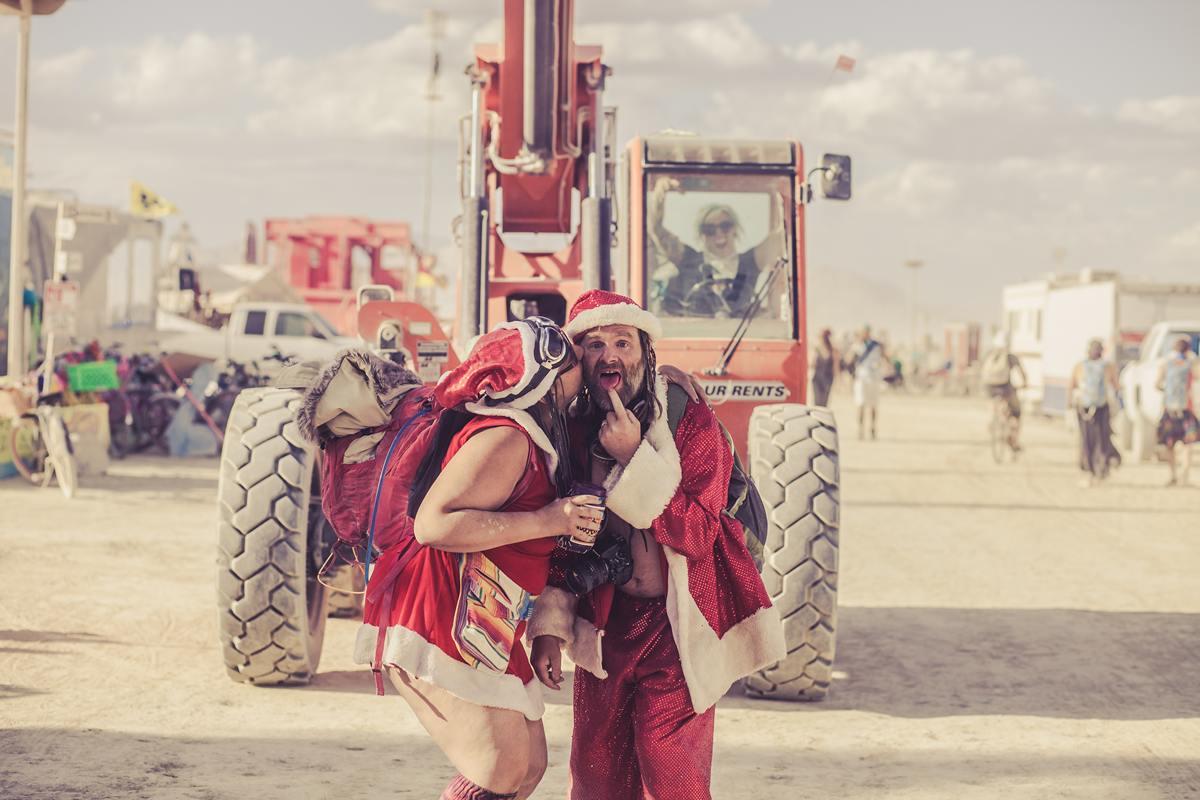 Burning Man - Santa Claus