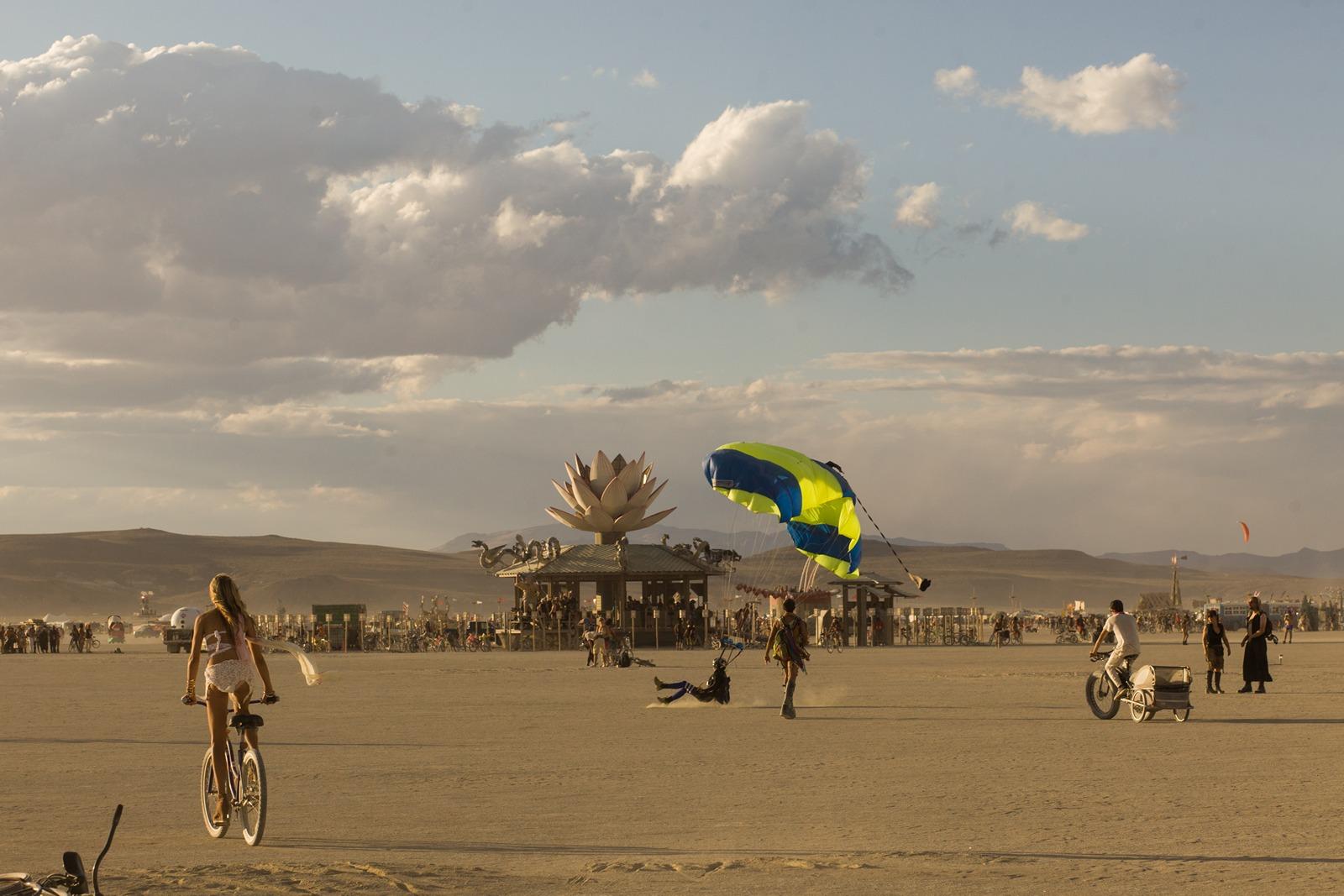 Burning Man - Skydiver landing