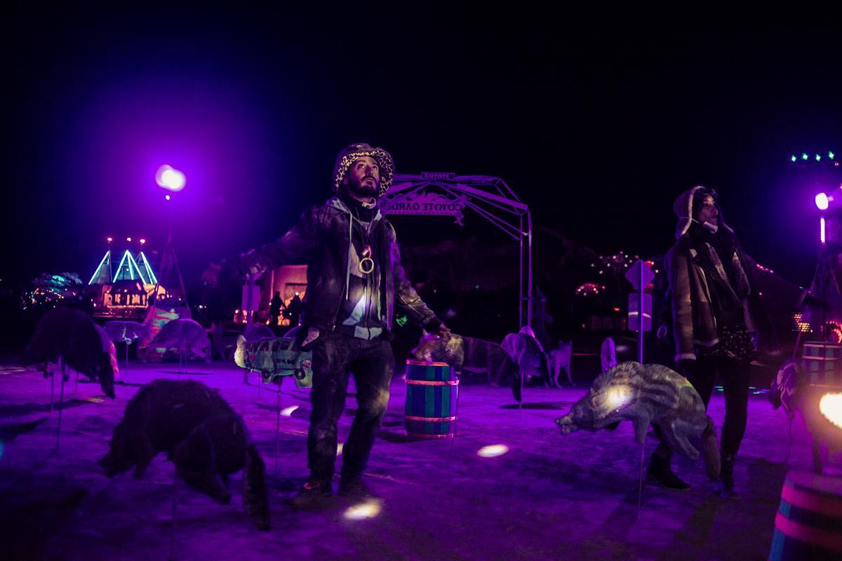 Burning Man - Weird animals