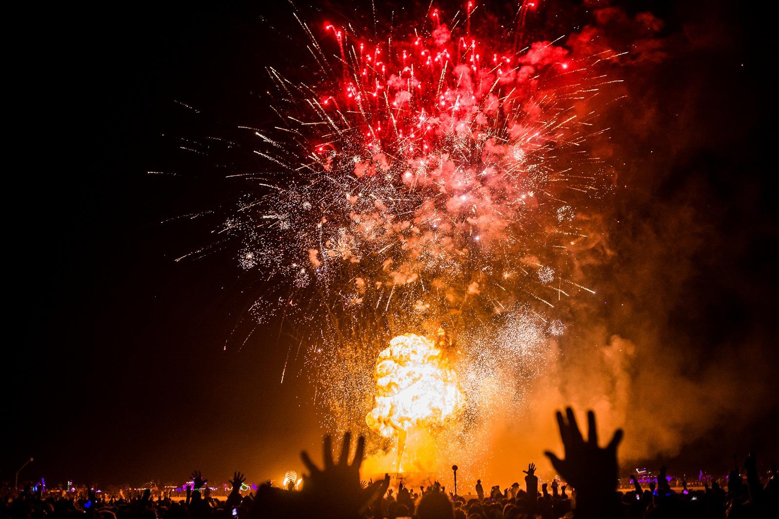 Burning Man - People watching the man burning
