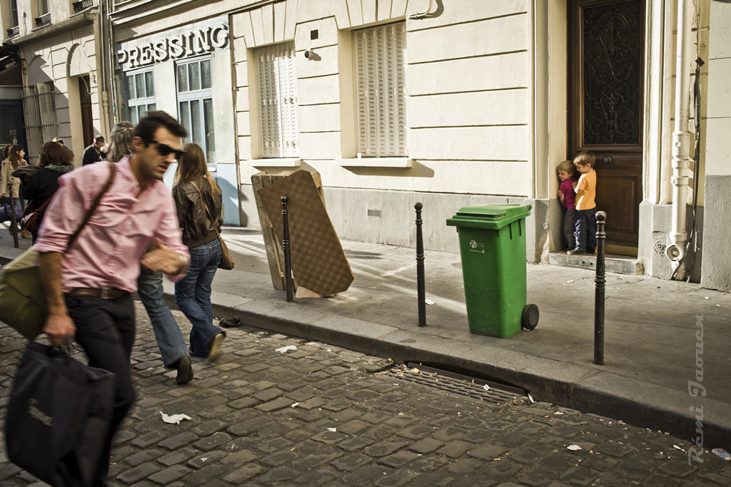 Photographe Paris - People of Paris - 10eme arrondissement - Cache-cache