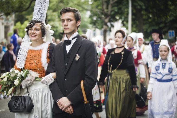 Poster Bretagne Quimper les mariés