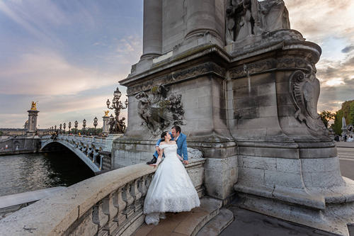 Couple Photoshoot Paris